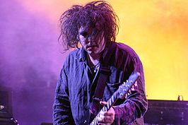 Robert Smith in 2004