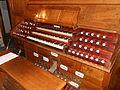 Roma, Basilica di San Giovanni in Laterano, organo Nicola Morettini di destra, consolle.JPG
