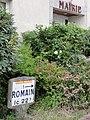 Romain (M-et-M) mairie et plaque Michelin.jpg