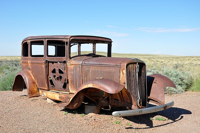file route 66 car petrified wikimedia commons. Black Bedroom Furniture Sets. Home Design Ideas