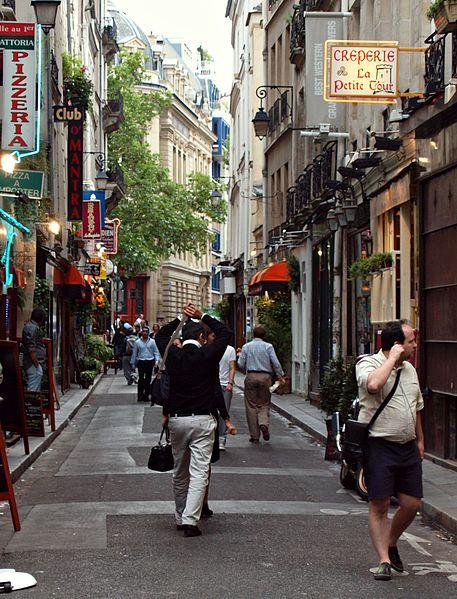 Fichier:Rue Grégoire-de-Tours (Paris) 2010-07-29 n1.jpg