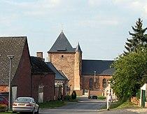 Saint-Algis église fortifiée (sud) 1.jpg