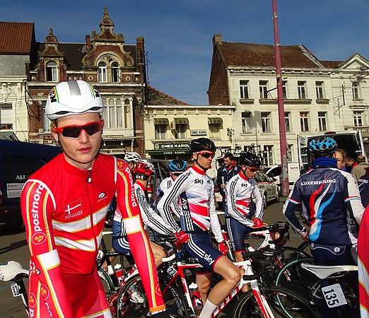 Saint-Amand-les-Eaux - Paris-Roubaix juniors, 12 avril 2015, départ (A30).JPG