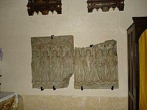 Saint-Chély-d'Aubrac - Image: Saint Chély d'Aubrac Bas relief Eglise