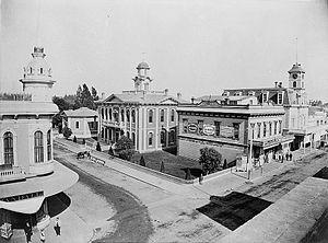 Octagon Building (Santa Cruz, California) - Downtown Santa Cruz, ca. 1890, Octagon Building at left rear