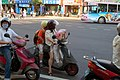 Scooters on Roosevelt Road and Xinglong Road intersection, Taipei 20060411.jpg