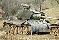 Serbisk T-34 85 trekkes tilbake.jpg