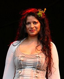 Sheila Chandra (Cropped).jpg