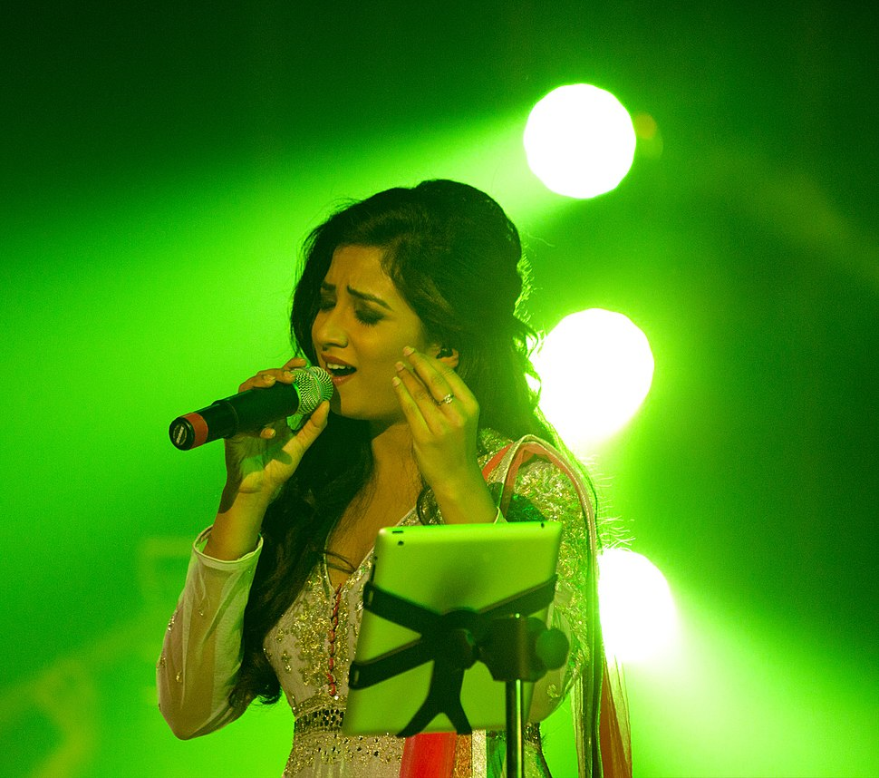 Shreya at concert