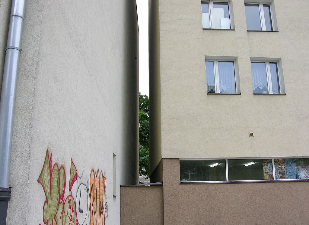 Slot before Keret House in Warsaw