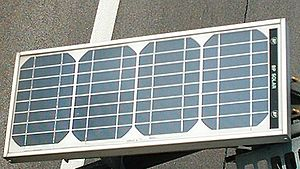 Solar Installers Offer Deals, Gaining Converts