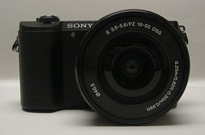 Sony α5100 - Image: Sony Alpha ILCE 5100 (front)
