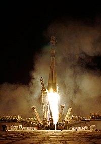 Soyuz TMA-01M rocket launches.jpg