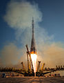 Soyuz TMA-11M rocket launches from Baikonur (2).jpg