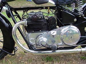 Edward Turner - Close-up of a 1932 Ariel Square Four 4F 600 cc engine