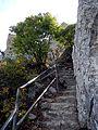 St Hilarion Stufen zum Gipfelbereich.jpg