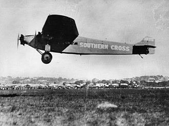 Southern Cross (aircraft) - Southern Cross landing in Brisbane, 1928