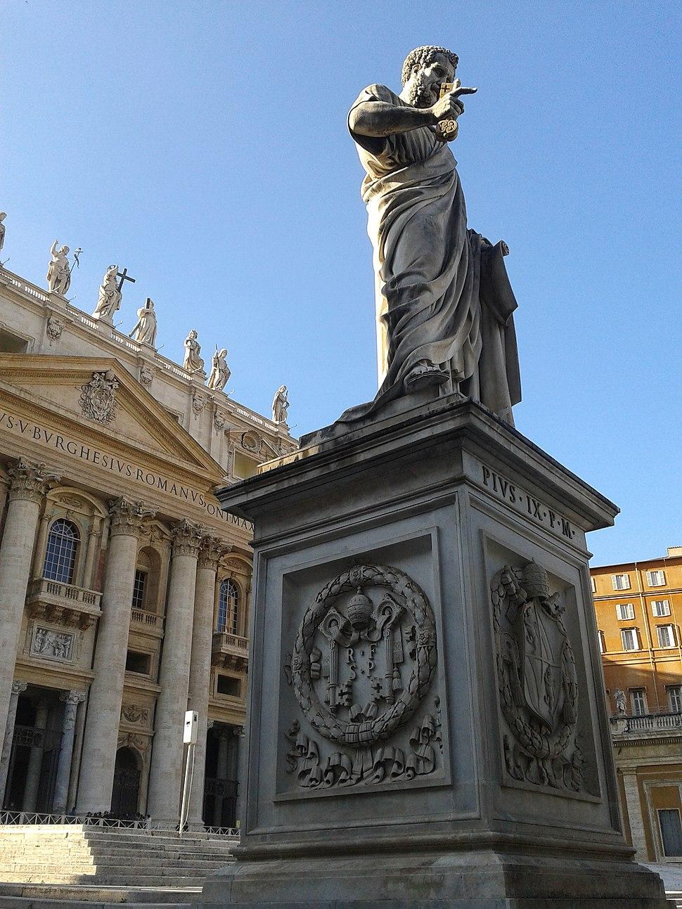 Statue-st-pierre