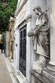 Statue and mausoleum in Buenos Aires' Cementerio de la Recoleta (15942203442).png