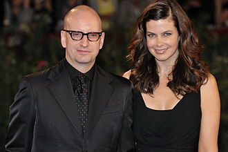 Steven Soderbergh - Soderbergh with his wife, Jules Asner, at the 2009 Venice International Film Festival