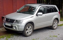 Suzuki Grand Vitara silver