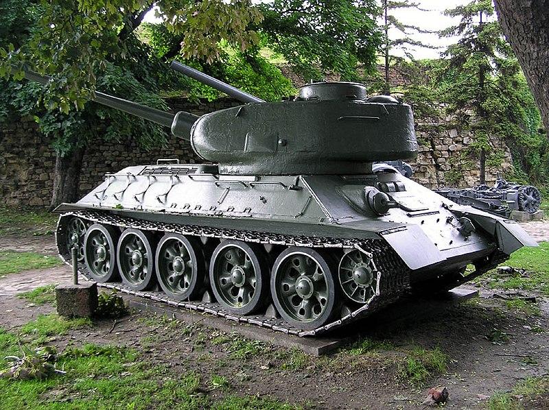 800px-T-34-85_01.jpg