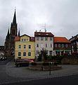 Tann Marktbrunnen Evangelische Stadtkirche September 2013.JPG