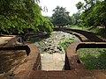 Teil der zitadelle polonnaruwa 2017-10-18.jpg