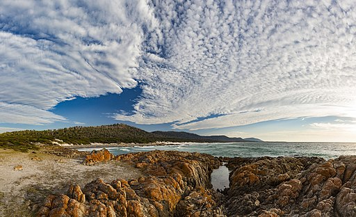 The Friendly Beaches, Tasmania. (33586250220)