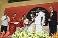 The President, Smt. Pratibha Devisingh Patil presenting the Rajat Kamal Award to Ms. Aasna Aslam for Special Jury (Malyalam Film Kelkkunnundo), at the 57th National Film Awards function, in New Delhi on October 22, 2010.jpg