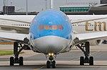 Thomson Airways, Boeing 787-8 Dreamliner, G-TUIC (21080363598).jpg