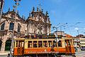 Tranvia en Oporto (16609186600).jpg