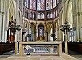 Troyes Cathédrale St. Pierre et Paul Innen Chor 3.jpg