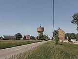 Tussen St Gerard en Pontuary, watertoren in straatzicht foto5 2015-06-05 11.31.jpg