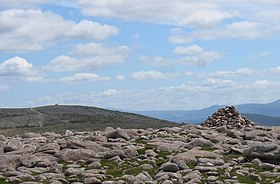 Twin tops of Beinn Bhreac - geograph.org.uk - 207358.jpg
