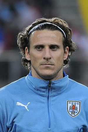 Diego Forlán - Forlán lining up for Uruguay in 2014