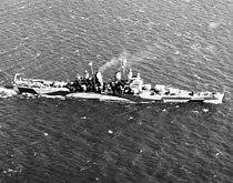USS Pittsburgh (CA-72) underway in November 1944 (USN 1035735).jpg