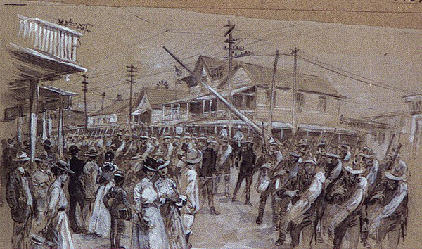 US Soldiers march through Tampa during Spanish-American War.jpg