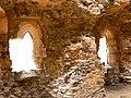 Uvnitř věže hradu Osek ( Rýzmburk ) - panoramio.jpg