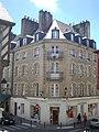 Vannes - angle rue Saint-Nicolas et place du Général-de-Gaulle (01).jpg