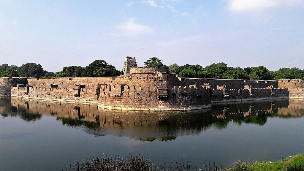 Vellore Fort and Jalakandeswarar temple