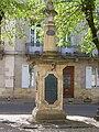 Verdelais Monument Bienfaisance01.jpg