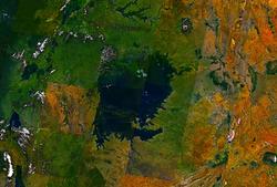 Victoria Lake Landsat 7.png