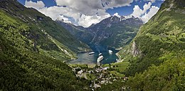 View to Geiranger from Flydalsjuvet, 2013 June.jpg