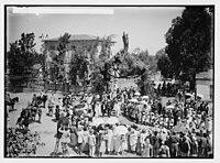 Visiting Jewish colonies. Sir Herbert Samuel arriving at Richon le Zion. LOC matpc.02295.jpg