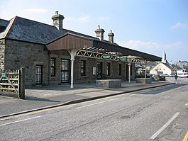 Wadebridge railway station.jpg