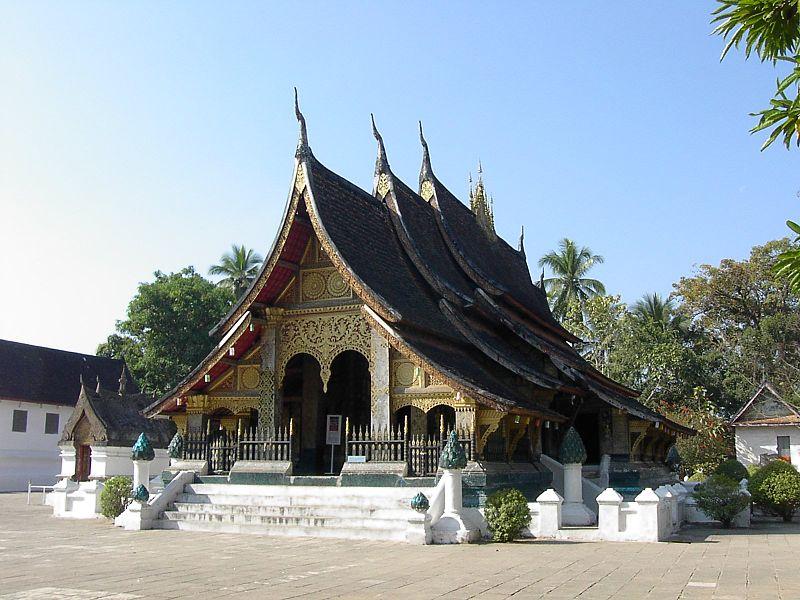 File:Wat Xieng Thong (Luang Prabang, Laos).JPG