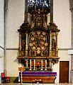 Werl, denkmalgeschützte Propsteikirche, der Rosenkranzaltar.JPG