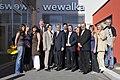 Werner Faymann vor der Bäckerei Wewelka in Sollenau (2777677812).jpg