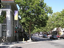 University Avenue katika Palo Alto